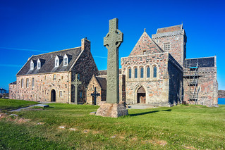Iona Abbey and St Martins Cross