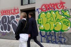emone earsnot post (Luna Park) Tags: ny nyc newyork graffiti post vsop aow lunapark manhattan chinatown earsnot irak