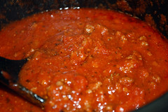Spaghetti Sauce. (dccradio) Tags: lumberton nc northcarolina robesoncounty indoors indoor inside food eat supper dinner meal lunch sauce meatsauce tomatosauce spoon crockpot slowcooker spaghettisauce nikon d40 dslr