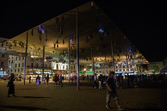 The world is upside down (Gabi Breitenbach) Tags: lesrencontresdarles people shadows modernart architecture normanfoster artinstallation reflection france frankreich nightphotography provence 2018 mirror marseille flickrfriday riseup south movement city life