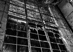 Abandoned CCI Power Building: Upper Story Window (that_damn_duck) Tags: nikon blackwhite abandoned window ccipowerbuilding urbex urbanexplorer brokenglass boardedup bw blackandwhite