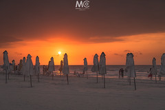 A daily meeting (Mariano Colombotto) Tags: cartagena cartagenadeindias colombia sunset atardecer tones colours beach playa summer travel nikon photographer photography sun sol sky cielo ngc