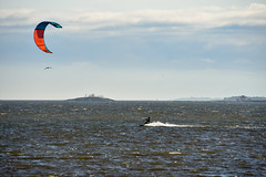Water kiting (ilandil) Tags: sea lauttasaari sun sky blue wind