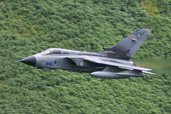 Tornado GR4 ZD746 (Peter Starling) Tags: peterstarling saoeu tornado gr4 tonka swept 67 th afterburner burner reheat low level wales machynlleth machloop bwlch flying strike attack operational evaluation unit royal air force 15r valley lossiemouth panavia military plane aircraft aeroplane aviation