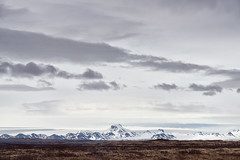 Biskupstungnabraut (pni) Tags: sky cloud mountain fell landscape view frombuswindow road35 is18 iceland ísland pekkanikrus skrubu pni