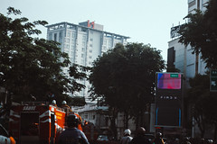 Gubeng Surabaya (Alvin Amri) Tags: train vsco city streetphography indonesia surabaya traffic traditional