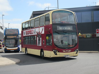 East Yorkshire Motor Services (EYMS) - 785