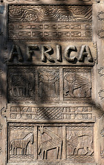 AFRICA (Rick & Bart) Tags: waltdisneyworldresort animalkingdom disney orlando florida rickvink rickbart canon eos70d disneyworld africa woodcarving