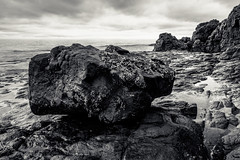 a rock in a hard place (Port View) Tags: fujixe3 scotsbay novascotia ns canada cans2s 2017 spring tide tidal shore coast coastal rock fundy bayoffundy blackandwhite bw monochrome mono