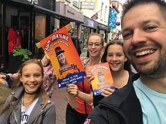 Het campagneteam is onderweg! Kom je ook stemmen op Joanne? #Kinderburgemeester #Goes 