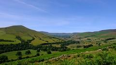 Edale Valley (Lee M Wyatt) Tags: peakdistrict derbyshire countryside landscape sunshine bluesky summer june2018 edale valley lose hill