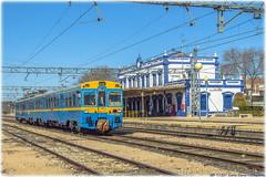 UT-440 en Valdepeñas (440_502) Tags: aafm aaf de madrid asociación amigos del ferrocarril ut 440 096 chamartín valdepeñas despeñaperros azul amarillo renfe grupo operadora viajeros