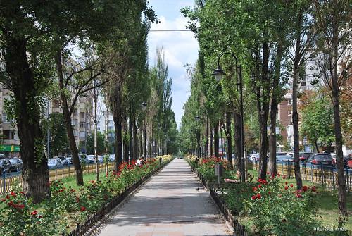 Київ, бульвар Лесі Українки  InterNetri Ukraine 265