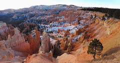 Bryce Canyon - Into The Valley (Explored, 13 Jul 2018, #472) (Drriss & Marrionn) Tags: travel utah usa landscape landscapes mountains desert rock rockformation ridge cliff cliffs mountainside canyon brycecanyon red sand mountain snow pano panorama stitch nature trees forest brycecanyonnationalpark