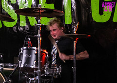 """Basket Case_logo-9314 (CeeJayGee Photo) Tags: """"ceejaygee photo"""" covers ceejaygeephoto colinguk ceejaygraham edit """"beach hotel gigs"""" """"gig night"""" """"live loud"""" lightroom bands adelaide"""" """"local music"""" """"rock beach"""" monochrome concert basketcase greenday australiangreendaytributeband basketcasetheaustraliangreendayshow"""