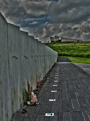Flight 93 Wall of Names (George Neat) Tags: flight 93 national memorial september 11 2001 91101 shanksville roses somerset county pa pennsylvania georgeneat patriotportraits neatroadtrips