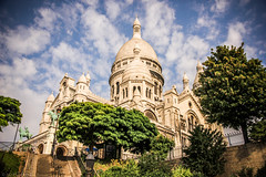 Looking up to the Scared Heart (Anthony P.26) Tags: architecture category external france paris places sacrecoeur travel outdoor travelphotography architecturephotography church cathedral dome domedroof sky bluesky whiteclouds trees canon1585mm canon canon550d
