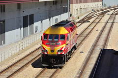 Metra #425 (Jim Strain) Tags: jmstrain train railroad railway transit commuter metra chicago illinois rockisland