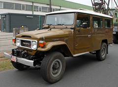 LWB Land Cruiser (Schwanzus_Longus) Tags: german germany wiesmoor old classic vintage car vehicle japan japanese 4x4 4wd awd offroad offroader toyota land cruiser