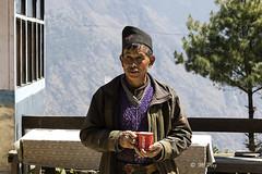 Nescafé - Take the Time to Enjoy (Henry der Mops) Tags: 90a7753 menschen nepal nepalsmiles asien asia himalaya himalayas langtanggosainkundatrek langtangnationalpark mplez henrydermops canoneos7dmarkii