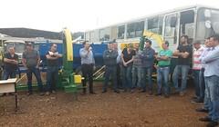 Entrega de equipamentos agrícolas e inauguração do calçamento da estrada rural entras as comunidades Ponte do Chopim e Palmeirinha, em Coronel Vivida (PR), no dia 06/07/2018.