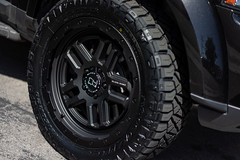 Land Rover Discovery LR4 on Black Rhino Barstow wheels - 3 (tswalloywheels1) Tags: land rover discovery 4 lr4 black rhino offroad off road aftermarket truck suv alloy alloys barstow rim rims wheel wheels textured matte