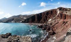 Playa roja, Santorini (Nebelkuss) Tags: fujinonxf18f2 thira grecia greece santorini egeo aegeansea mediterraneo mediterranean islas greekislands playas beach panoramicas panoramics fujixpro1 fujinon xf 18 f2