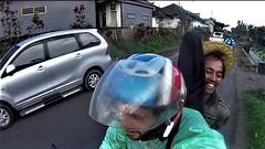 Bali, Fun picture on the Road with a local people (Sush DG) Tags: scooter bali autostoppeur stop casque moto voyage fun funny drôle marrant sourire balinais 2016 indonésie indonésia chapeau hat route road trip pluie rain rainning guitard travel escapade