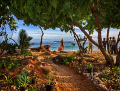 Duke Kahanamoku Beach Scene (jcc55883) Tags: dukekahanamokubeach beach beachscene sunset goldenhour beachlife 808 hawaii oahu alamoanaarea waikiki honolulu ocean pacificocean surfer sky clouds luckywelivehawaii ipad