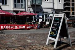 Traditionskneipe (michael_hamburg69) Tags: hamburg germany deutschland bar kneipe haifischbar altona harbour habor hafenkneipe fischmarkt groseelbstrase128 glückkannmannichtkaufen liebekannmannichtkaufen bierschon beer bier astra