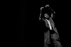 Foto-Arô Ribeiro-3563 (Arô Ribeiro) Tags: pho blackwhitephotos photography laphotographie bnw bw pretoebranco pb blackandwhiteportrait blackandwhite arte teatro teatrodoator humanus diegogarcia sãopaulo brasil nikond7000 nikond40x thebestofnikon nikon fineart arôribeirofotógrafo
