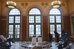 wedding set-up (Who am I today?) Tags: columbusparkrefectory chicagoil architecture