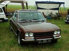Peugeot 504 Ti Berline Melun-Villaroche 09-06-18a (mugicalin) Tags: lalocomotionenfête2018 lalocomotionenfête 2018 77 fujifilm fujifilmfinepix fujifilmfinepixs1 s1 finepixs1 peugeot 580 peugeotcar peugeot504 504 berline 504berline browncar voituremarron youngtimer 10fav
