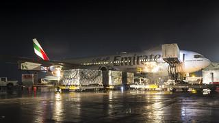 Boeing 777-21H(LR) / Emirates / A6-EWI