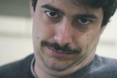 Rey papada (Paranoico (MDMAfia)) Tags: papada belleza mirada bigote color reilly patrón