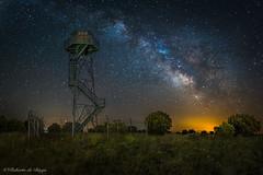Mirador de la Via. (Roberto_48) Tags: noche ngc nocturna larga exposicion cevico navero via lactea nucleo centro estrellas torre vigilancia palencia cerrato