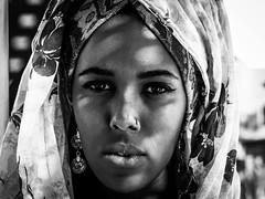 T H E  W O R L D  T H R O U G H  H E R  E Y E S (Vivi Black) Tags: blackandwhite girl morroko africa portrait soul feelings emotions dramatic eyes