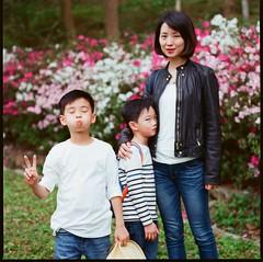 000913060002 (Steven Tsai (正港蔡爸)) Tags: hasselblad501c hasselblad planar135f100mm fujifilmpro160ns mediumformat analog film filmphotography