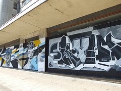 Street art Croydon, London (DJLeekee) Tags: streetart graffiti london croydon parkstreet pacman skyhigh