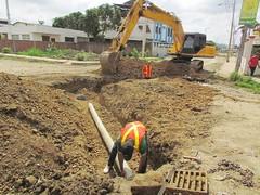 Se construyen pozos de descargas en ciudadela de Los Choferes de Chone (GadChoneEC) Tags: construccion pozodedescarga ciudadela loschoferes avenida eloyalfaro marcosaraydueñas contrato vetore
