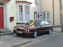 Jaguar XJ8 (Andrew 2.8i) Tags: carspotting car cars classics classic street luxury jaguar saloon executive xj xj8 x308 uk unitedkingdom