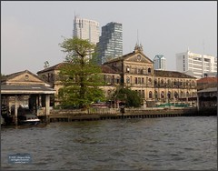 Bangkok Old Custom House 20180208_152726 DSCN2981 (CanadaGood) Tags: asia seasia asean thailand thai ราชอาณาจักรไทย bangkok krungthep river chaophrayariver boat expressboat building architecture canadagood 2018 thisdecade color colour