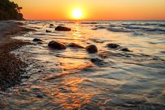 Ostseegold (Petra Runge) Tags: canoneos760d sonnenuntergang gold ostsee meer strand küste wasser