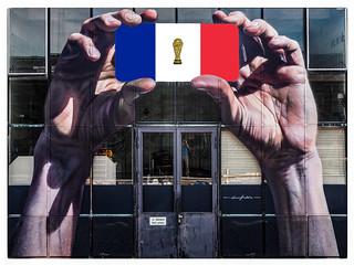 Félicitations à la France!