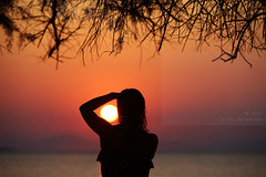 Framed it (Elios.k) Tags: horizontal outdoors people oneperson woman photographer photograph frame sun sunset sundisk dof depthoffield focusinforeground backgroundblur foregroundblur bokeh silhouette sunsetcolors scenery seascape landscape tree branch dry serene sunsetcolours water sea pagasiticbay reflection light sunlight bay island clear sky weather colour color travel travelling august 2017 summer vacation canon 5dmkii camera photography milina μηλίνα πήλιο pelion thessaly greece ελλάδα