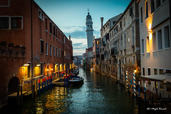 Venice by night (Magda Banach) Tags: canon canoneos5dmarkiv italy wenecja włochy architecture buildings city colors lights night old venice view water venezia veneto it