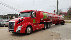 Sheetz Volvo VNL Tanker (Trucks, Buses, & Trains by granitefan713) Tags: truck newtruck volvo volvovnl vnl tanker tanktruck fueltruck fuelhauler sheetz clitransport