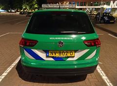 Veiligheidsregio (stevenbrandist) Tags: night rotterdam thenetherlands vw volkswagen golf green stripes nv802d veiligheidsregio 112