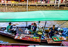 Amphawa Floating Market Thailand-34a (Yasu Torigoe) Tags: thailand travel sony a99ii asia amphawa floating market culture asian cooks streetvendor food women woman lady work