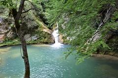 Nacimiento del Urederra (Navarra, España, 12-7-2018) (Juanje Orío) Tags: 2018 navarra provinciadenavarra españa espagne espanha espanya spain naturaleza nature río river agua water cascada waterfall